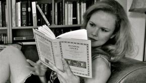 Dr Daisy reading
